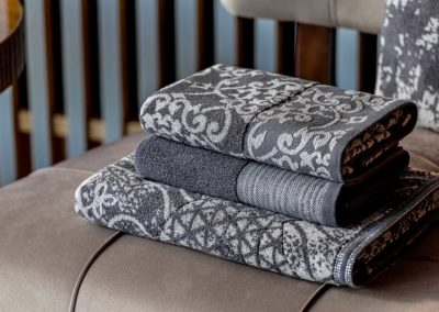'New Orientalism' towels with lurex accents