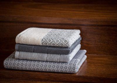 'Scandinavian' Structured towels, grey