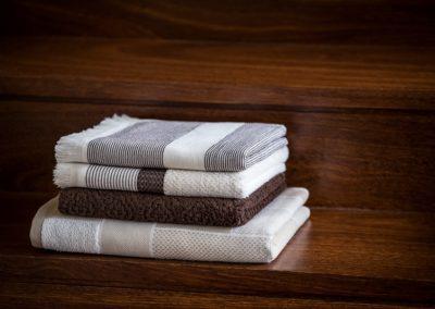 'Scandinavian' Structured towels, brown