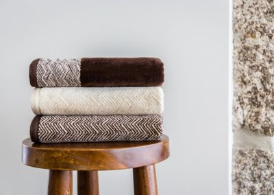 'Folk' zig zag towels