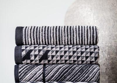 'Scandinavian' Graphic towels, grey