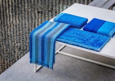 Tropical blue jacquard towels
